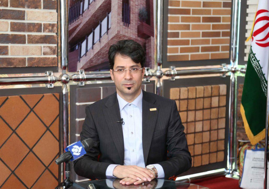 مصاحبه روزنامه دنیای اقتصاد با محسن سیفی ریاست هلدینگ آذرخش