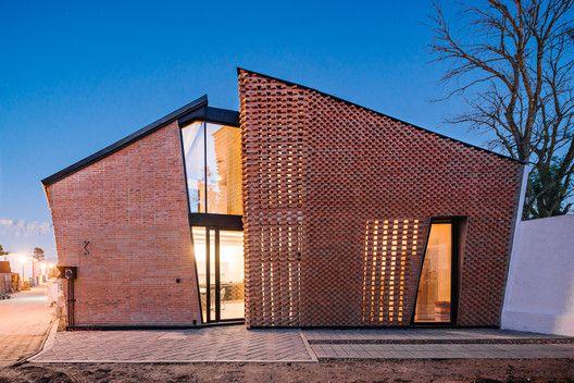آشنایی با معماری آجری در شهرهای هزاره جدید