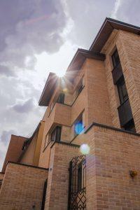 پروژه اجرای نما آجرنسوز ساختمان - لواسان