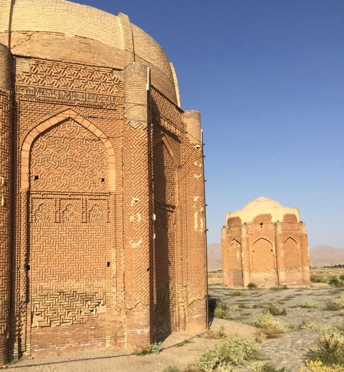 برجهای خرقان قزوین نمونه معماری آجری سلجوقیان