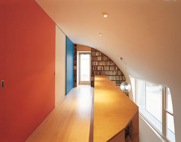 نمای داخلی خانه پیکسلی با آجر پارامتریک