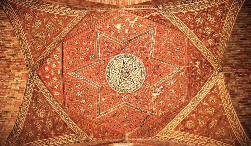 سقف آجری گنبد سلطانیه در زنجان