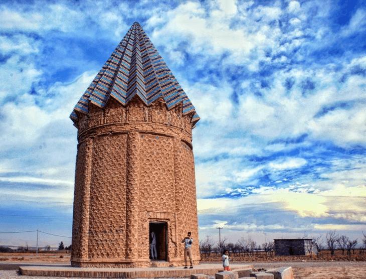نمونه معماری آجری تیموریان