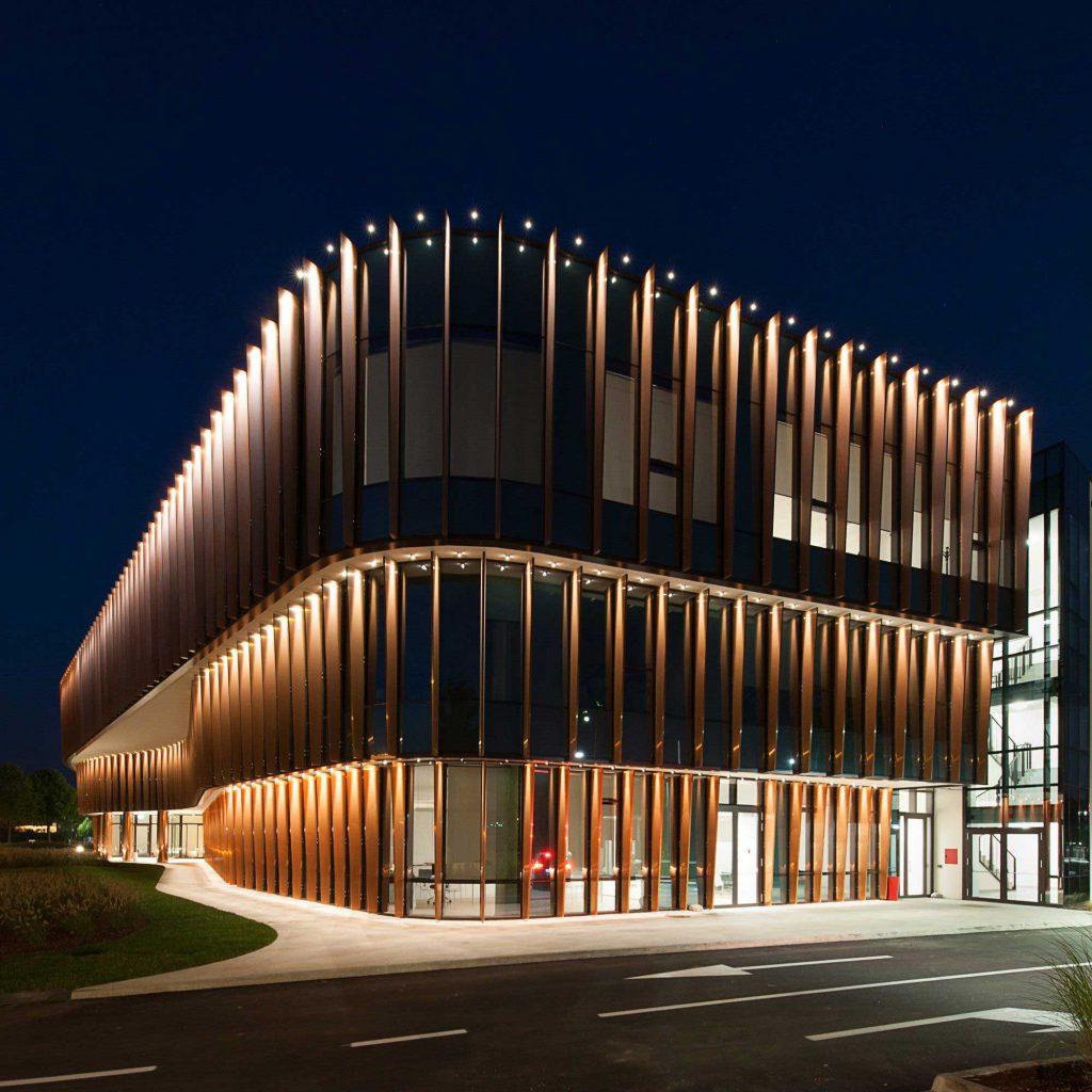 نورپردازی اصولی در نما ساختمان