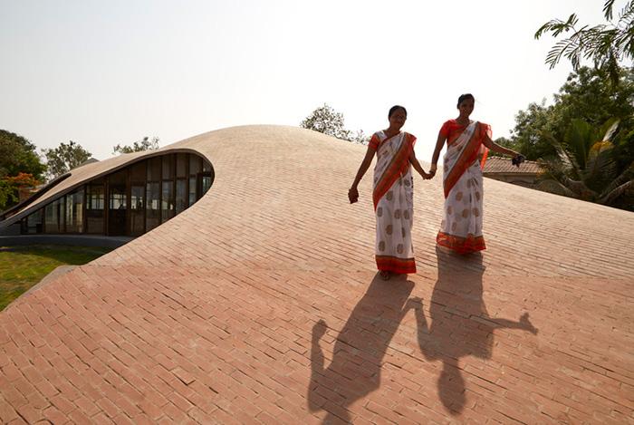 از برندگان معماری آجری وینر برگر 2020 کتابخانه مایا سومایا