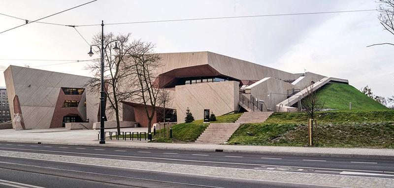 معماری آجری سالت جوردانکی در لهستان
